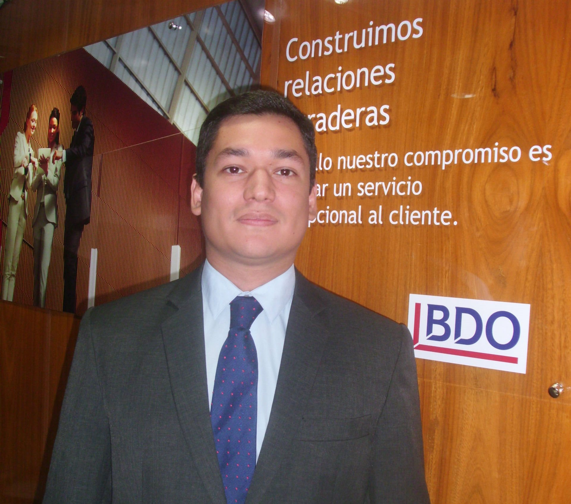 Ricardo Paniagua, Supervisor Outsourcing